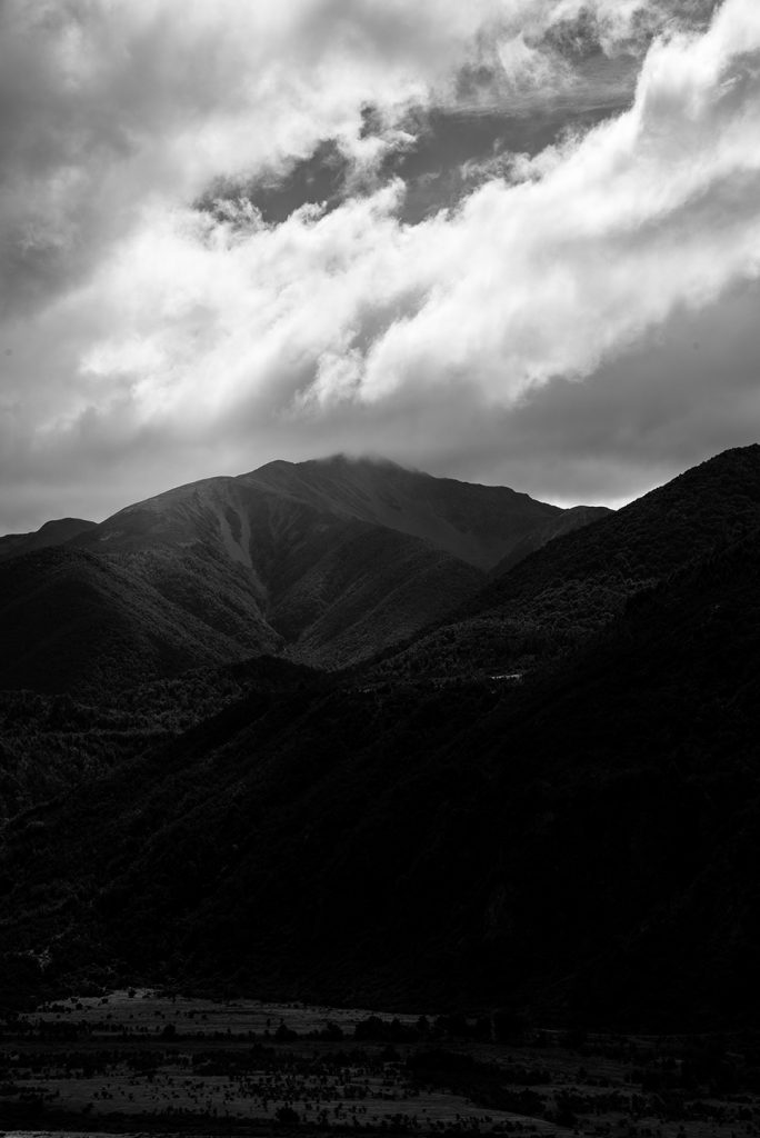 Nouvelle-Zélande - Mountains Vs Clouds